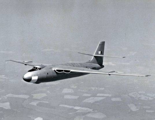 The third Valiant built, WP201 was used for training missions and testing with No. 1321 Bomber (Defence) Training Flight at RAF Wittering.