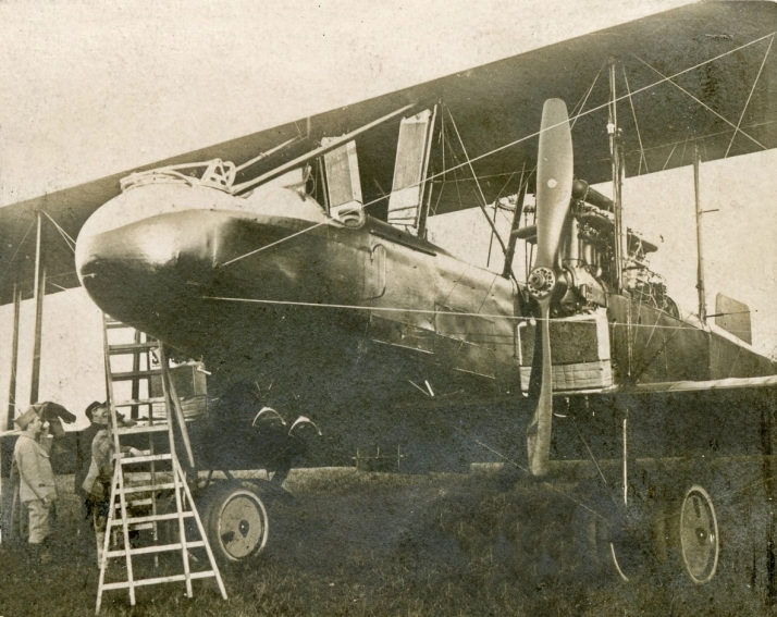 Caproni Ca.5 at a French airfield.