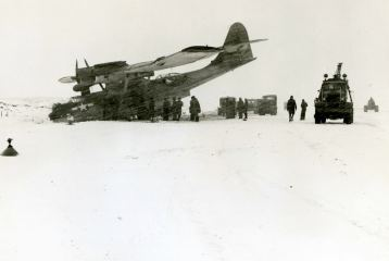 VPB 43 had its share of arctic mishaps. What appears to be scratches on the photo is actually a blizzard of snow.