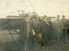 William J. Hammer poses with what the photo caption states is a Blériot No. 9. Hammer, from where these photos originated, was influential in early aviation matters. He was also a brilliant electrician who worked with Thomas Edison.