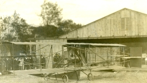 Curtiss managed one brief flight before packing up for home. He had just returned from France and was flying a spare aircraft that was ill-suited for his purposes.